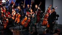 Nader Mortezapour Leads Iran's National Orchestra at Vahdat Hall