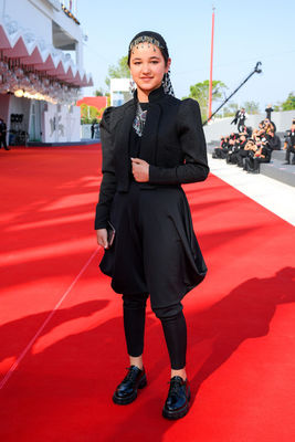 098 Shamila Shirzad walks the red carpet ahead of the movie Khorshid (Sun Children) at the 77th Venice Film Festival on September 06_ 2020 in Venice_ Italy4