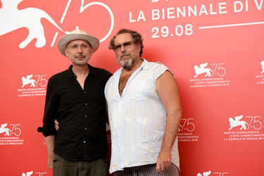 05 Benoit Delhomme and Julian Schnabel attend _At Eternity_s Gate_ photocall during the 75th Venice Film Festival
