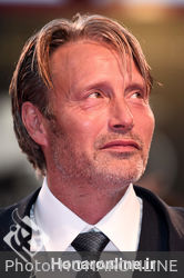 06 Mads Mikkelsen walks the red carpet ahead of the _At Eternity_s Gate_ screening during the 75th Venice Film Festival