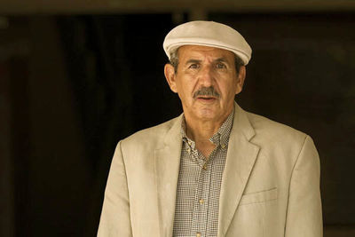 "Abbas Saffari, poet of ""Our Story"", dies of COVID-19"