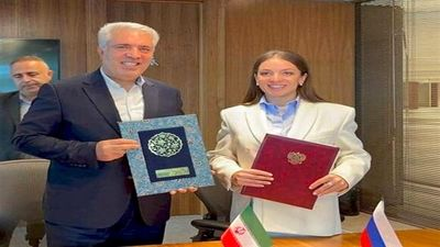 Iran, Russia sign visa waiver deal for group tours