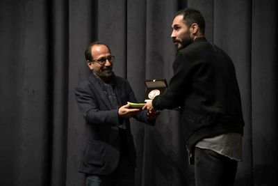 """""""Fatherless"""", """"This Is Not a Pipe"""" top at Iranian Theater Critics Awards"""