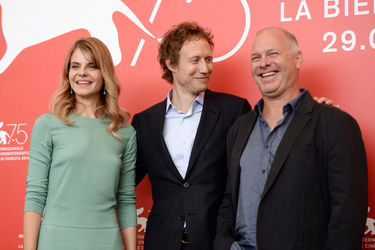 092 Juli Jakab_ Laszlo Nemes and Vlad Ivanov attend _Napszallta (Sunset)_ photocall during the 75th Venice Film Festival