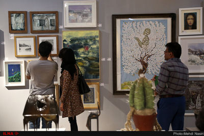Bazaar of Art underway in Iranian cities