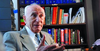 Ehsan Yarshater, founder of Encyclopedia Iranica, dies at 98