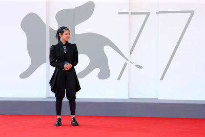 096 Shamila Shirzad walks the red carpet ahead of the movie Khorshid (Sun Children) at the 77th Venice Film Festival on September 06_ 2020 in Venice_ Italy.2