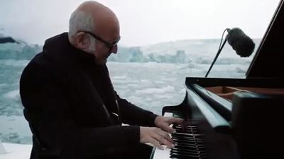 Italian band led by Ludovico Einaudi to perform in Tehran