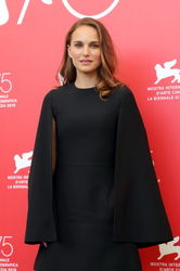 09997 Natalie Portman attends _Vox Lux_ photocall during the 75th Venice Film Festival